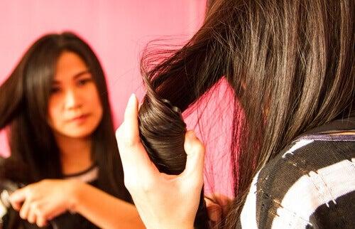 Simple frisurer du kan lave derhjemme