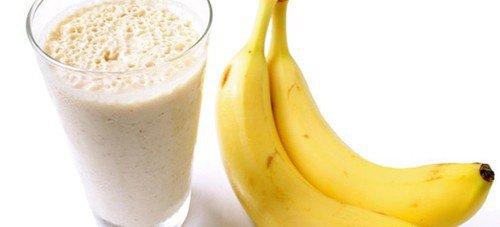 Bekæmp væskeophobninger med banan smoothies