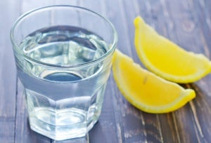 Citron og vand