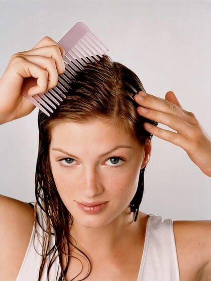 2-comb-hair
