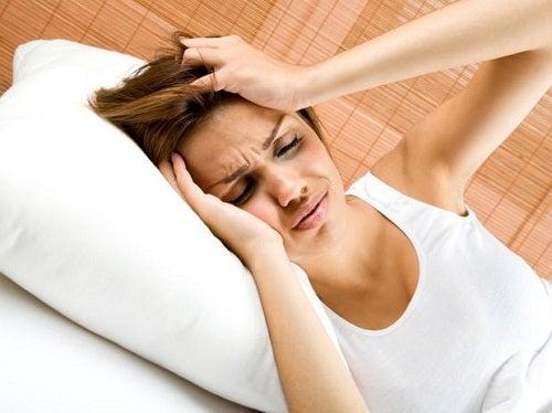 Du kan få hovedpine af din lever, hvis den ikke har det godt