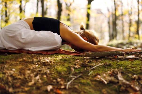 Du kan reducere spiserørsbrok ved at lave nogle simple øvelser - f.eks. med yoga