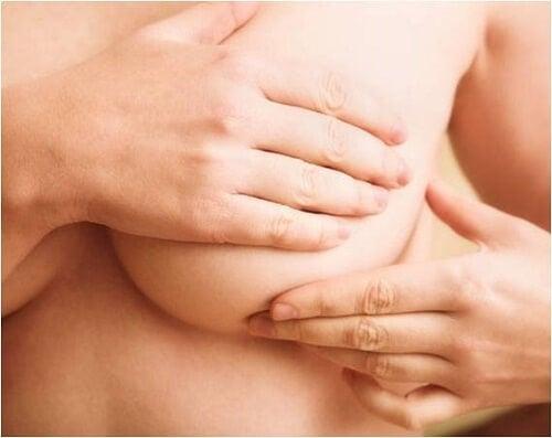 Bryst selvundersøgelse