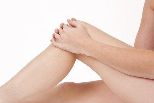 Sygdommen forveksles med gigt og der findes naturmedicin mod fibromyalgi