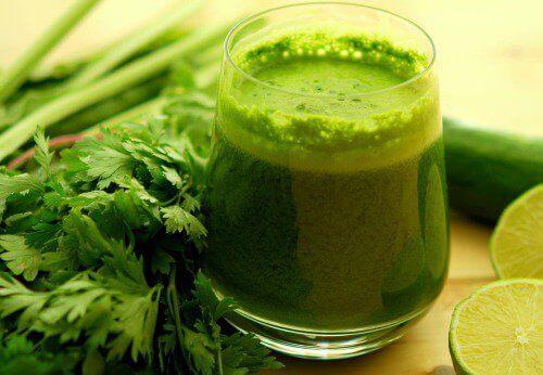 Grøn persille juice