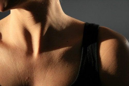 Persons hals og skulder