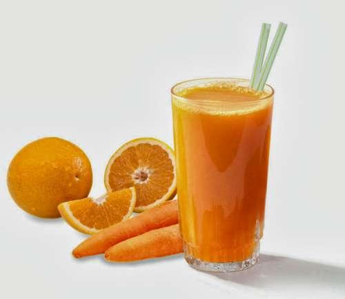 En frugtjuice til vægttab, som du vil elsker er denne appelsin- og gulerodsjuice