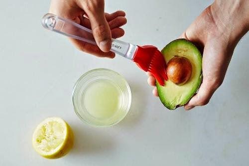 7 simple tips til at undgå brune avocadoer