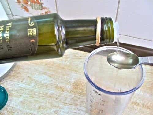 10 utrolige sundhedsmæssige fordele ved æblecidereddike