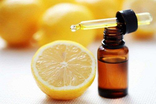 Citron æterisk olie kan afhjælpe karsprængninger