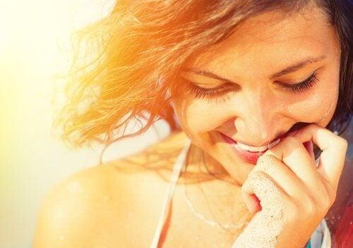 Kvinde der er glad