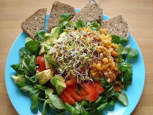 fuldkorn og salat