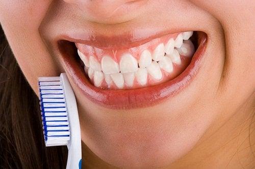 rene tænder - bruxisme