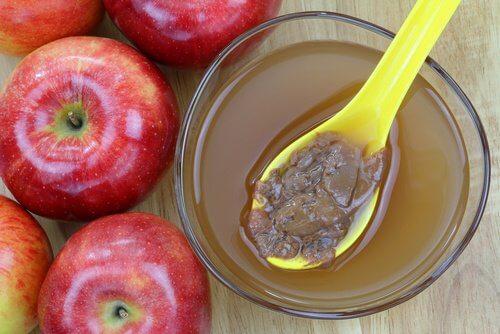 Drik æblecidereddike og honning hver morgen