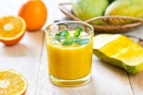 5 slags juice, der hjælper med at fjerne nyresten