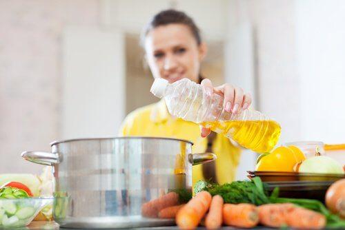 De bedste og værste madlavningsolier for dit helbred