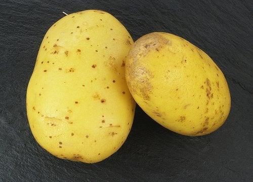 Kartofler kan bekæmpe poser under øjnene