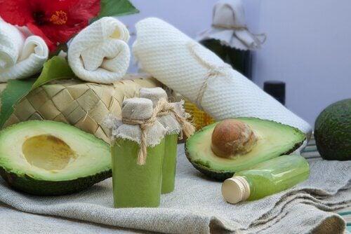 Avocado og avocadomaske