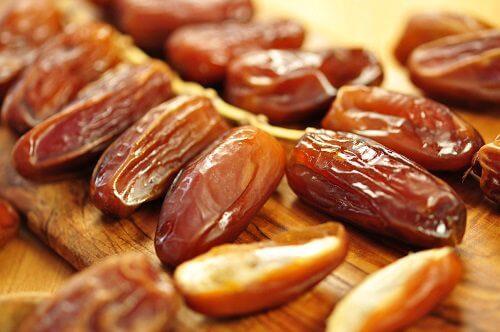 Dadler - toerret frugt