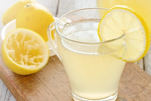 Lemonade med citron