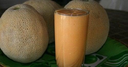 Melonjuice og meloner