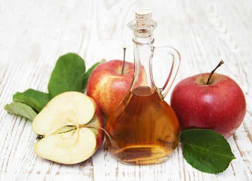 Detoxende kur med æblecidereddike