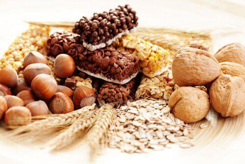 Helbred din lever med nødder og fibre.