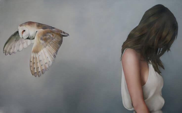 Kvinde og en ugle