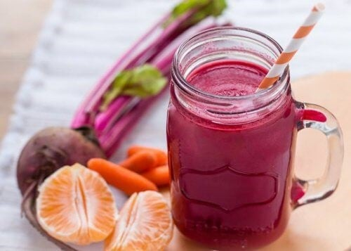 Roedbedesmoothie