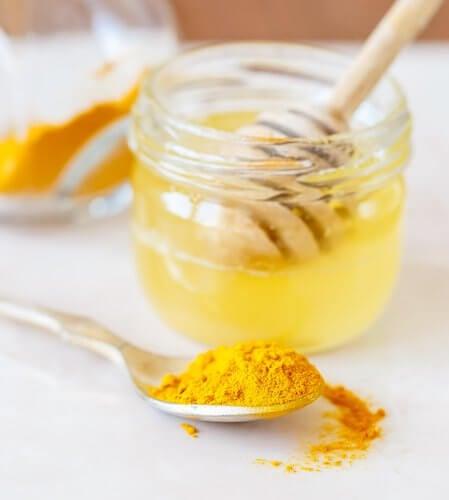 Skaal med honning