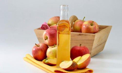 Skyl dit hår med æblecidereddike og opdag den fantastiske effekt det har på dit hårs sundhed