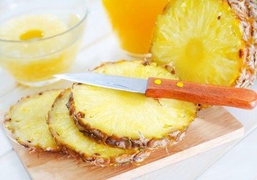 Ananas er effektivt mod skin tags