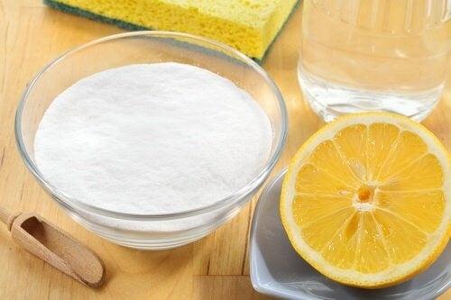 vineddike bagepulver og citron