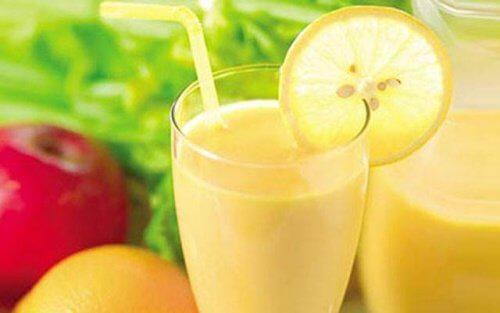 Tab dig med denne æble-, citron-, og grapefrugt smoothie!