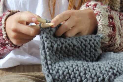 Uldterapi: Fordelene ved at strikke
