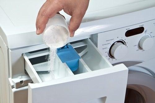 Saebeskuffen paa en vaskemaskine