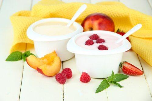 frugt_yoghurt