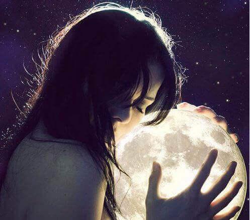 kvinde_moon