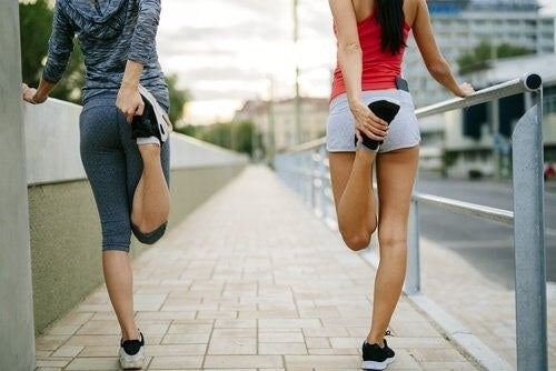Kvinder dyrker motion