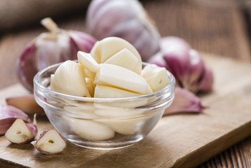 Fordelene ved at spise hvidløg på tom mave
