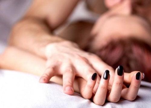 hvordan man forhindrer mandlig orgasme