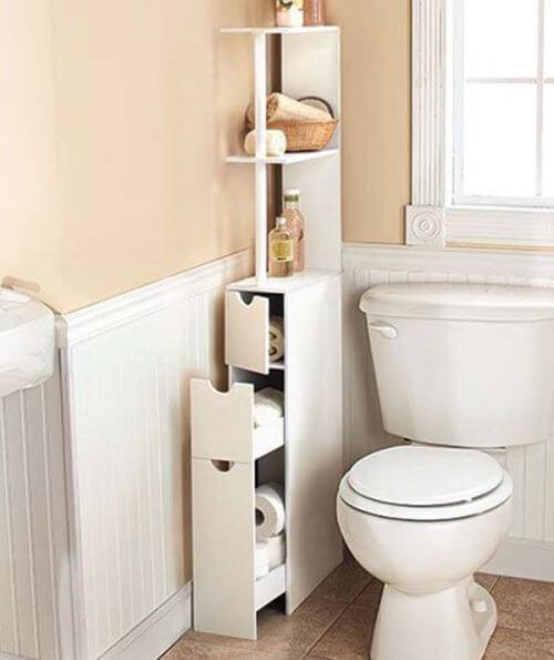 Badeværelset er ofte lille, og derfor er smalle møbler gode