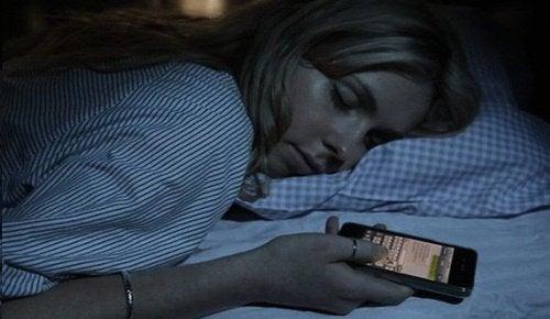 Derfor bør du slukke din router om natten