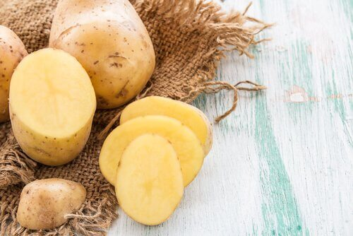kartofler kan bekæmpe vorter