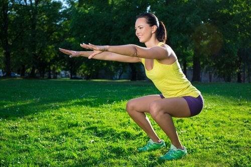 6 øvelser til at bekæmpe slaskede ben