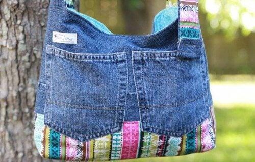 Taske af gamle jeans