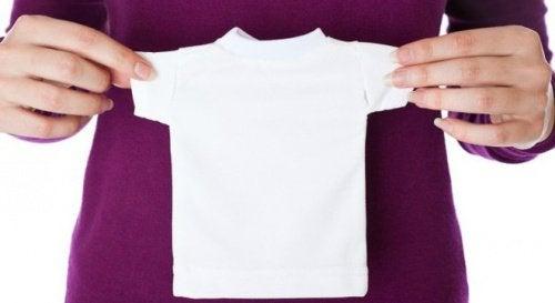 5 husholdningsmidler, der forhindrer tøj i at krympe