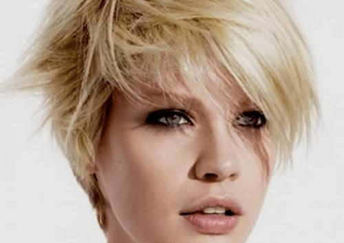5 flotte frisurer der får en til at se yngre ud: du vil elske dem!