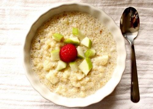 4-quinoa-og-aeble