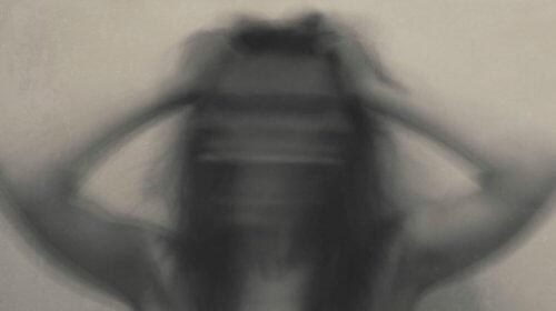 Kvinde med angst